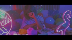Moldy (feat. Hashishidenpagirl)